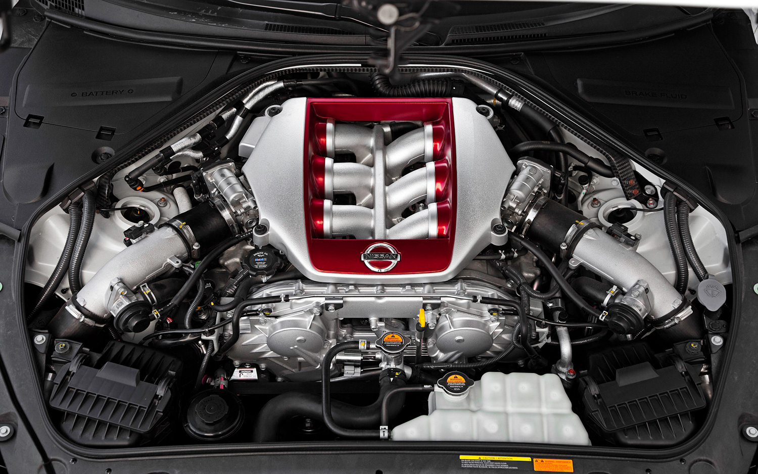 Beautiful 2013 Nissan GT R Black Edition Engine