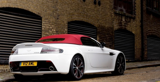 aston-martin-v12-vantage-roadster-officially-revealed-photo-gallery_3