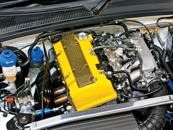 htup_0803_04_z+spoon_sport_honda_s2000_demo_car+fully_built_f20c_yellow_valve_cover