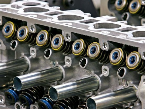 htup_0803_28_z+spoon_sport_honda_s2000_demo_car+fully_built_f20c_valvetrain_springs_retainers_valves