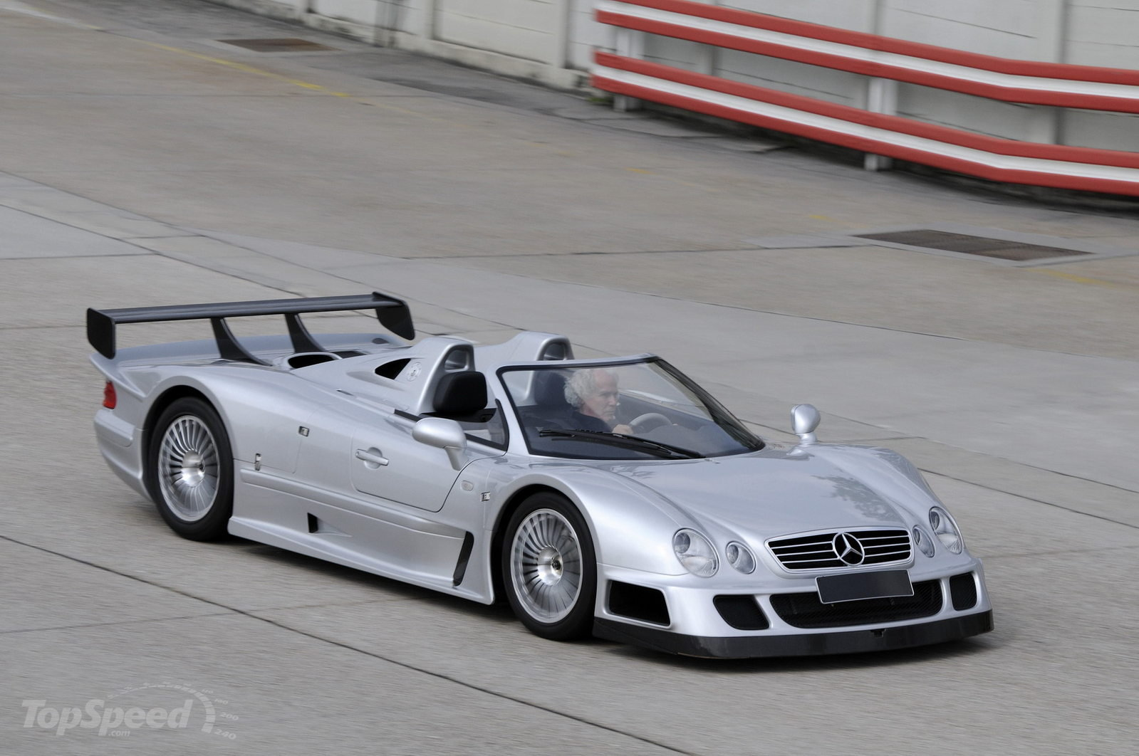 Mercedes clk gtr endagtr for Mercedes benz clk 2012