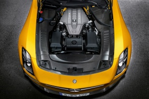 mercedes-benz-reveals-sls-amg-black-series-6