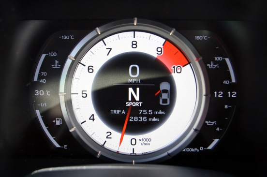 Lexus-LFA-dashboard-information-panel