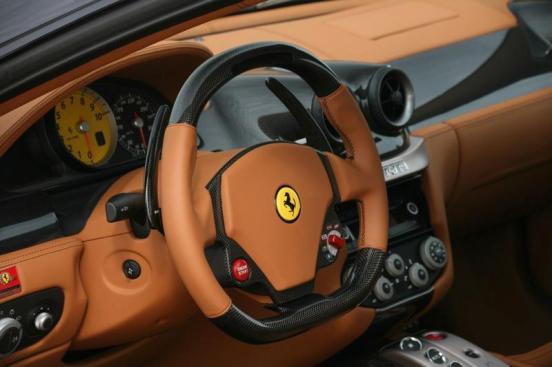 novitec-rosso-ferrari-599-gtb-cockpit-detail_w800