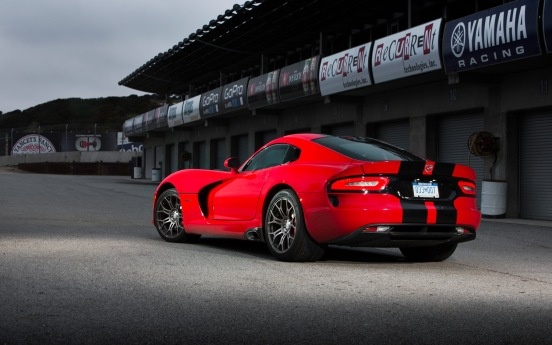 2013-srt-viper-gts-rear-three-quarter