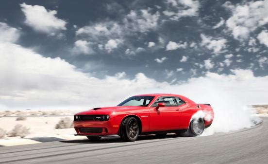 2015-dodge-challenger-srt-hellcat-photo-612893-s-1280x782