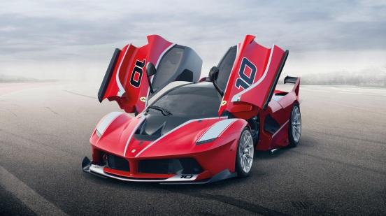 2015_Ferrari_FXXK-3-2048