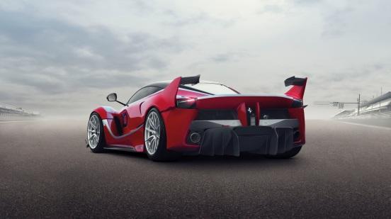 2015_Ferrari_FXXK-4-2048