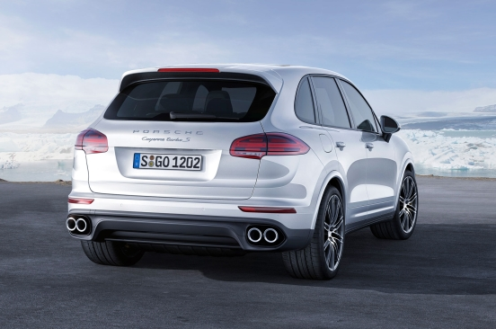 2016-porsche-cayenne-turbo-s-rear-three-quarter